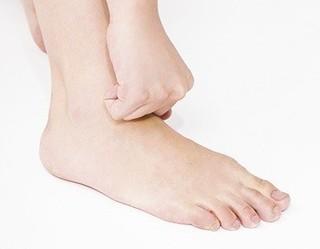 足の甲.jpg
